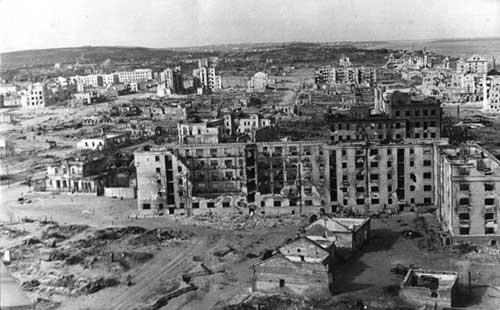 """...потока военной прозы, к которому относится и  """"В окопах Сталинграда..."""
